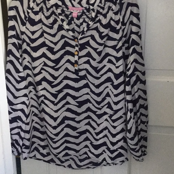 Lilly Pulitzer Tops - Lilly Pulitzer Elsa blouse